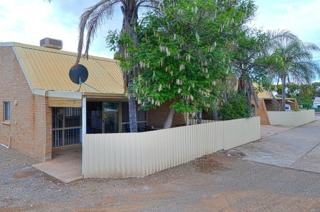 4/4 Carrington Street, South Kalgoorlie, Kalgoorlie WA 6430