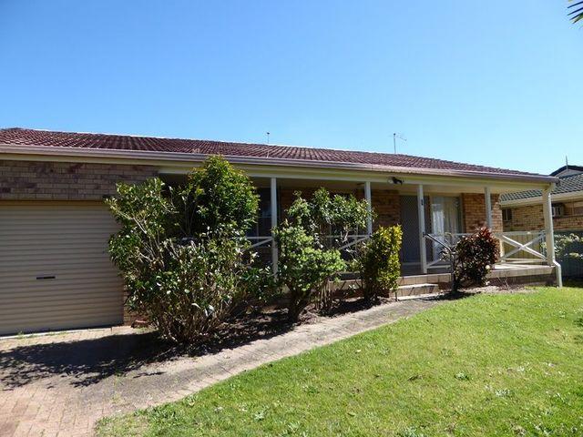1 Barbara Close, Yamba NSW 2464