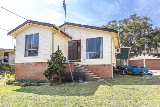 14 Bolton Close, Bolton Point NSW 2283