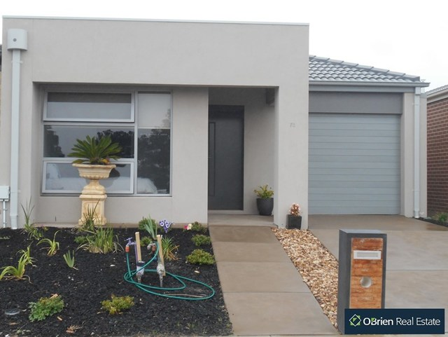 75 Macumba Drive, Clyde North VIC 3978