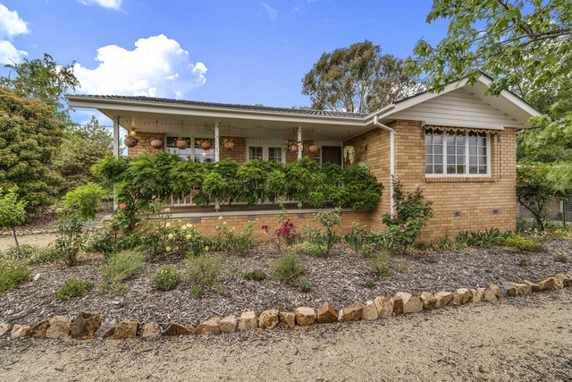 42 Clermont Street, Fisher ACT 2611