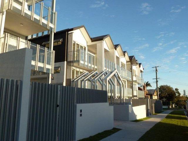 102/45 Shakespeare Street, QLD 4151