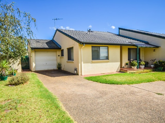 7/77 Thornhill Street, Young NSW 2594