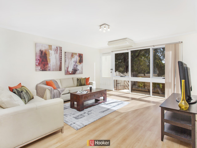 6 McElhone Court, Belconnen ACT 2617