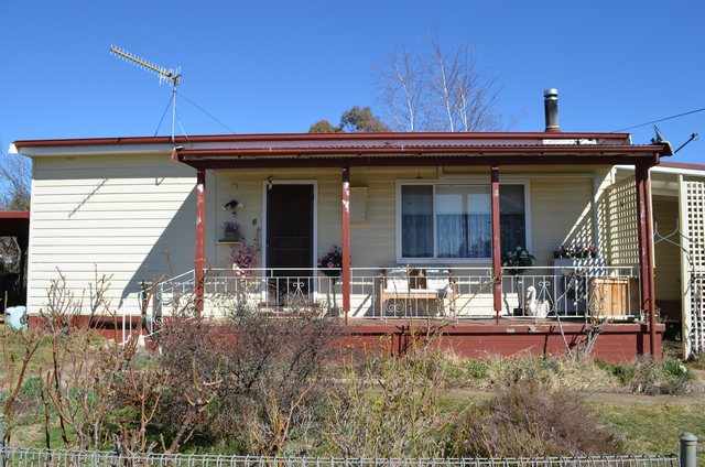 8 Cosgrove Street, NSW 2629