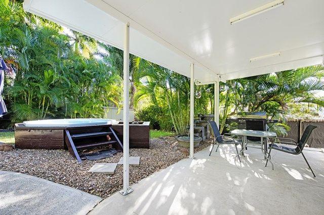 7 Walabah Drive, Ashmore QLD 4214