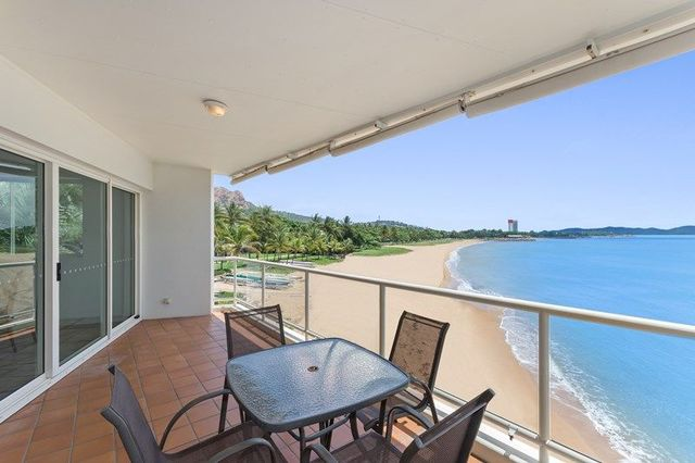 30/7 Mariners Drive, Townsville City QLD 4810