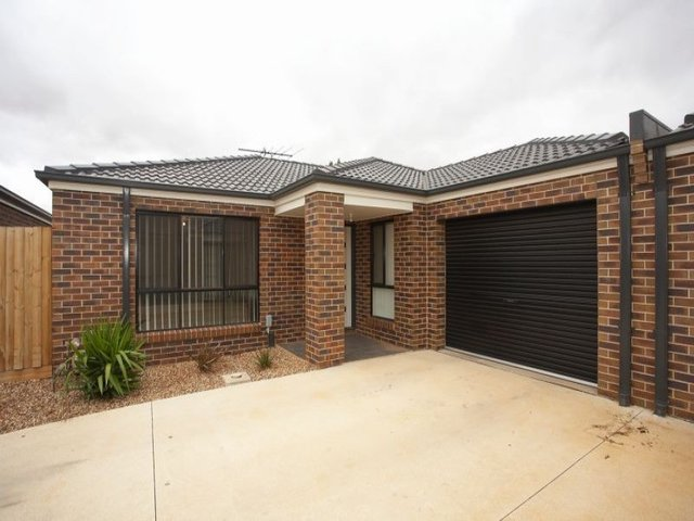 3/43 Acacia Crescent, Melton South VIC 3338