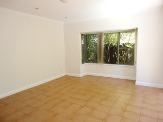 2/5 Campbell Avenue
