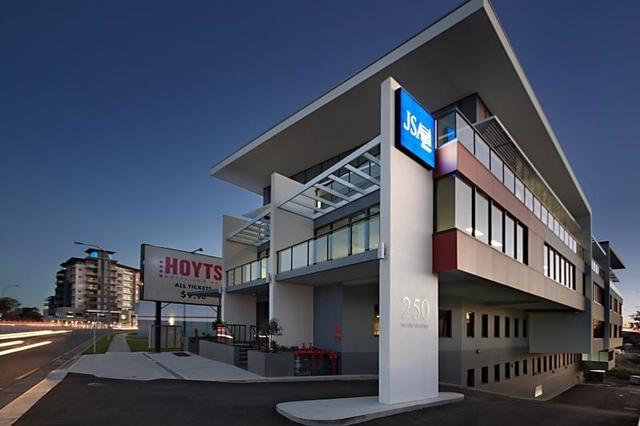 Suite 4b/250 Pacific Highway, Charlestown NSW 2290