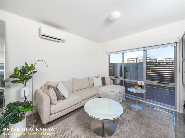 47/2 Peter Cullen Way, Wright ACT 2611