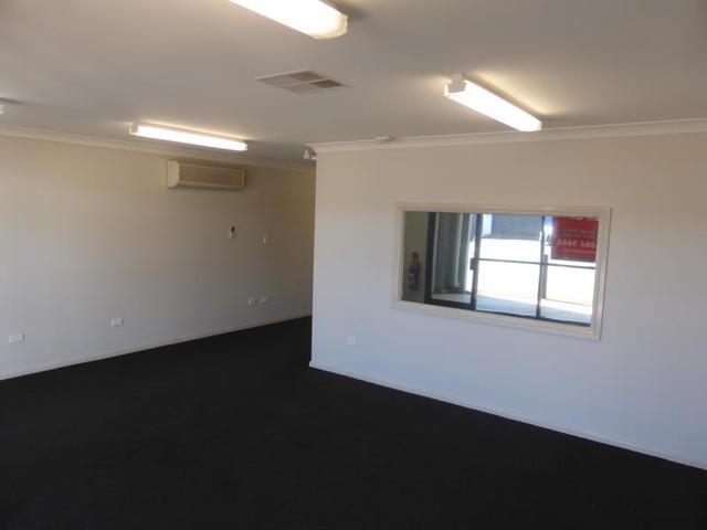 4/57 Douglas Mawson Road, Dubbo NSW 2830
