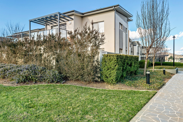 35/82 Henry Kendall Street, Franklin ACT 2913