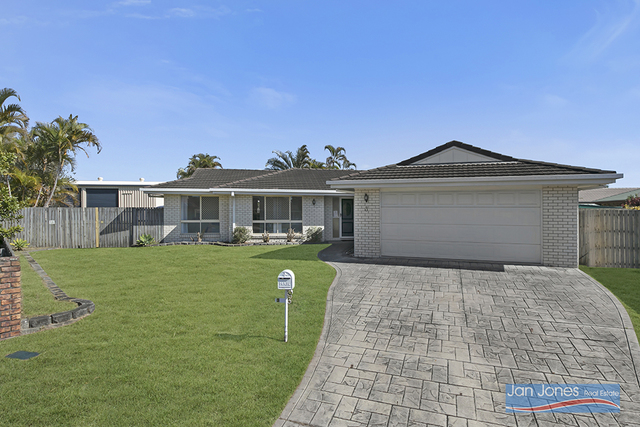 3 Orion Ct, QLD 4022