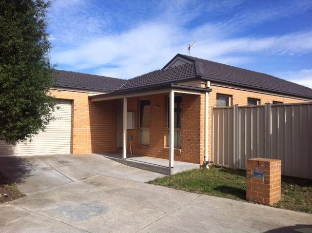 3/912 Geelong Road, Canadian VIC 3350
