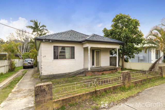 310 Old Pacific Highway, Swansea NSW 2281