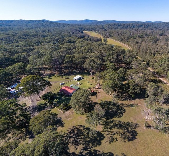 3 Barbies  Road, Bungwahl NSW 2423