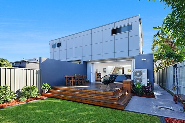 11A Winsor Street, Merewether NSW 2291