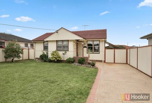 15 O'Neile Crescent, Lurnea NSW 2170