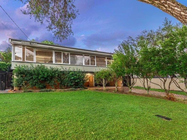 19 Glenhaven Street, Kedron QLD 4031