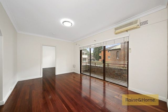 2/32 Hampstead Road, NSW 2140