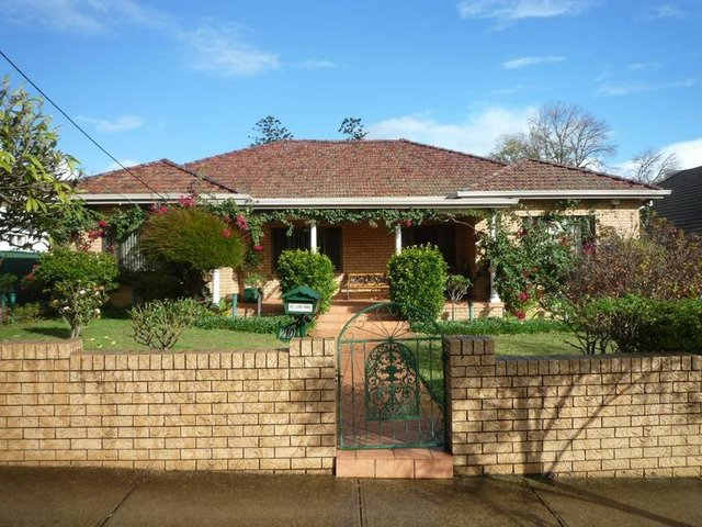 1/20 Livingstone Road, Burwood NSW 2134