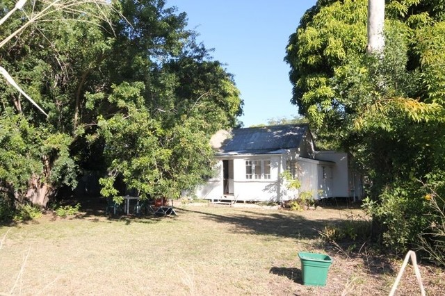 2 Jane St, Charters Towers City QLD 4820