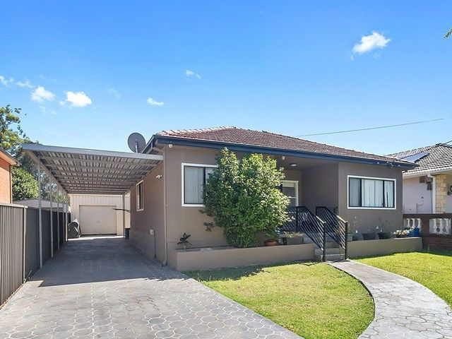 4 Ramsay St, Canley Vale NSW 2166