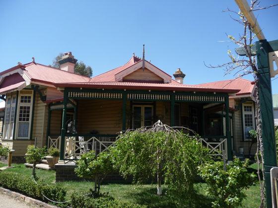 198 Lang St, NSW 2370