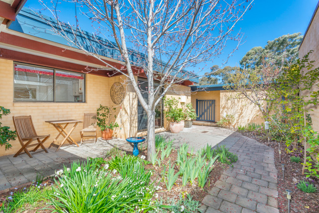20 Harrington Circuit, Kambah ACT 2902