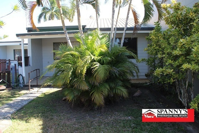 Unit 3/112 Main St, Proserpine QLD 4800