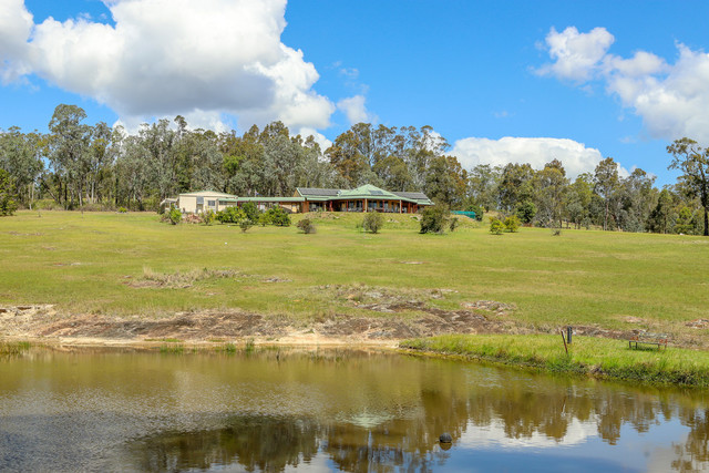 228 Wallarobba-Brookfield Road, Clarence Town NSW 2321