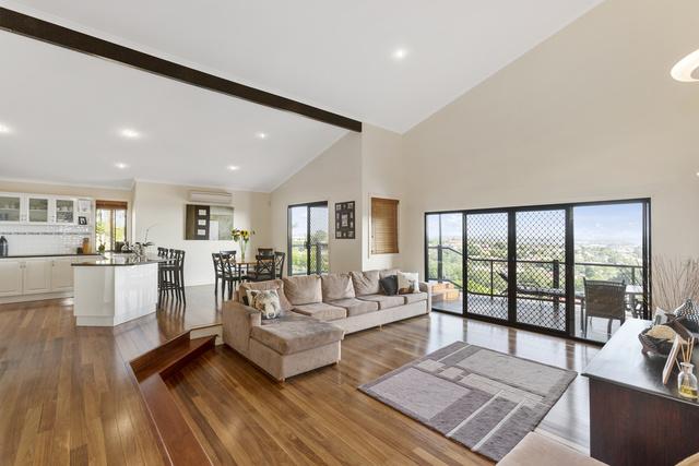 31 Lochlomond Drive, Banora Point NSW 2486