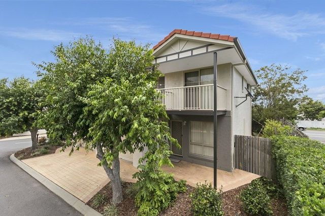 1/250 Manly Road, Manly West QLD 4179