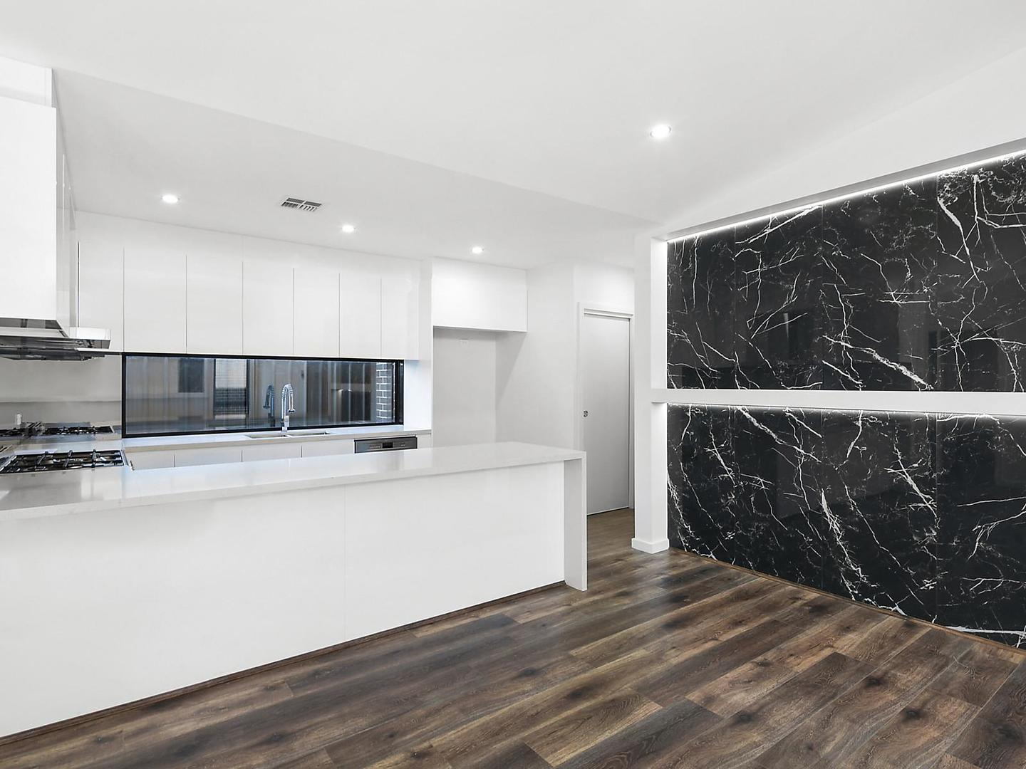 20 Booroolong Street Throsby Act 2914 Apartment For
