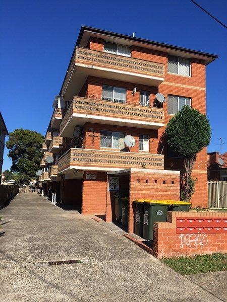 4/81 Harris Street, Fairfield NSW 2165