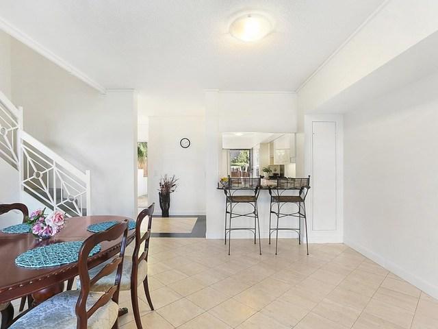 9/2 Orealla Crescent, Sunrise Beach QLD 4567