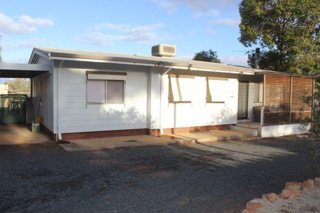 60 Larkin St, Kambalda East WA 6442
