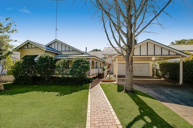 13 Campbell Street, East Toowoomba QLD 4350