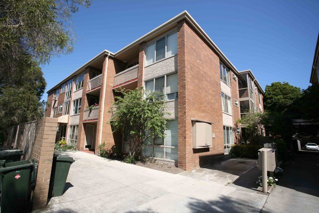 8/99 Melbourne Road, Williamstown VIC 3016