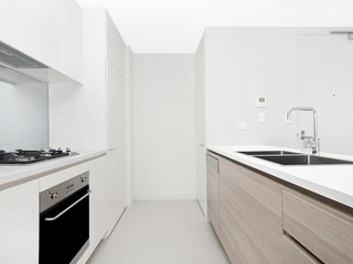 C107/10 Waterview Drive
