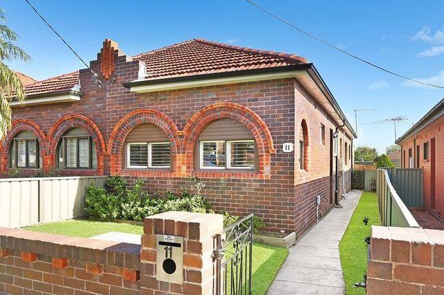 11 Emu Street, NSW 2193