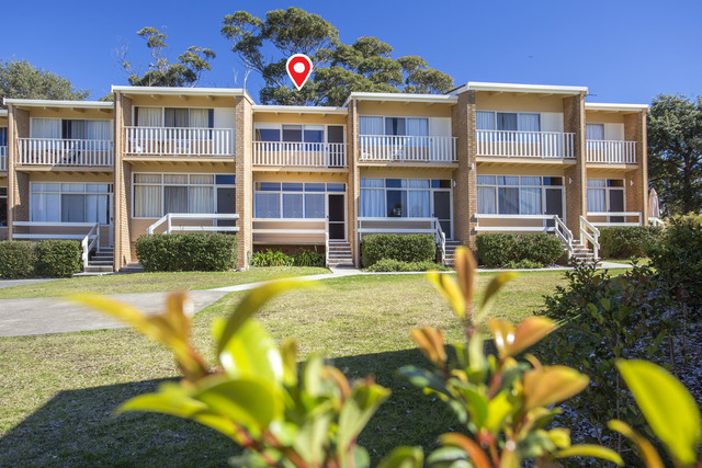 4/1 Ingold Avenue, Mollymook NSW 2539