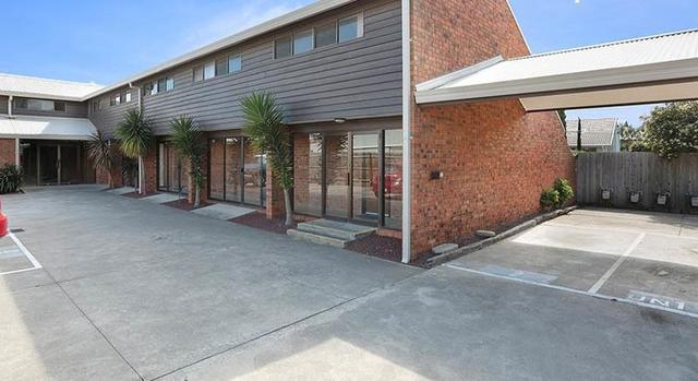8/293 Princes Highway, Werribee VIC 3030