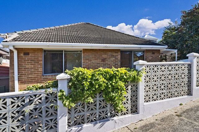 32 Tulloh Street, Willoughby NSW 2068