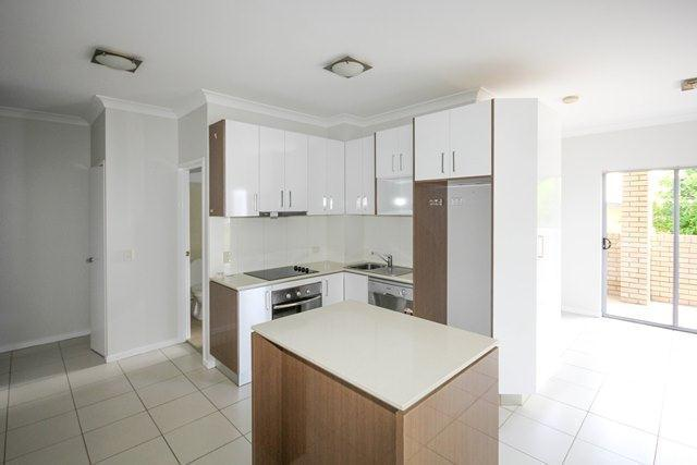 2/189 Cavendish Road, Coorparoo QLD 4151