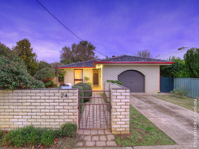 24 Meurant Avenue, Wagga Wagga NSW 2650