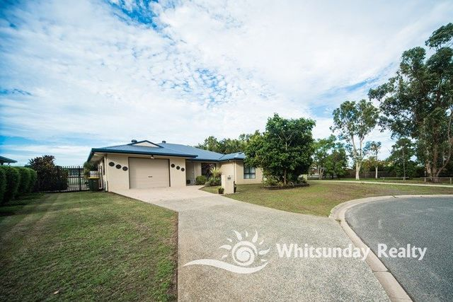 7 Pindar Place, QLD 4800