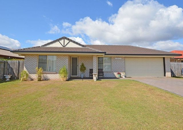 8 Joselyn Drive, Point Vernon QLD 4655