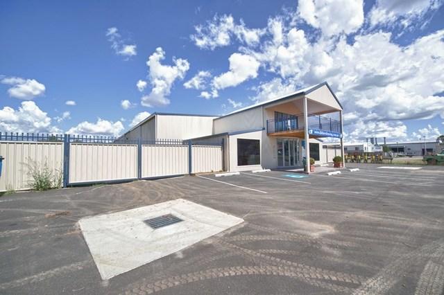 2/1021 Armidale Road, Tamworth NSW 2340